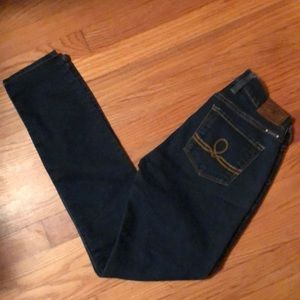 Lucky Brand Skinny Jeans Size 25!!!